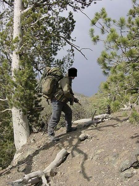 http://www.konstipation.com/stuff/walt/sbs/afghan/bh015.jpg