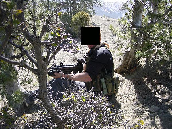 http://www.konstipation.com/stuff/walt/sbs/afghan/bh030.jpg
