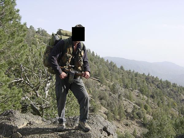 http://www.konstipation.com/stuff/walt/sbs/afghan/bh032.jpg