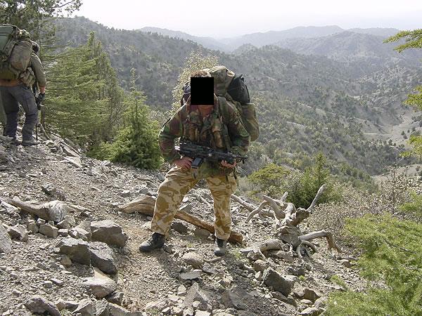 http://www.konstipation.com/stuff/walt/sbs/afghan/bh055.jpg